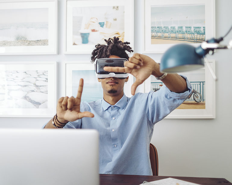 Five 5G and AR/VR Applications That Are Socially Safe
