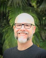 Bryan de Zayas Global Director of Marketing, Dell
