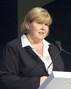 Karen Chupka Headshot